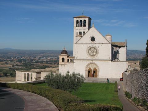アッシジ、フランチェスコ聖堂と関連修道施設群の画像 p1_16